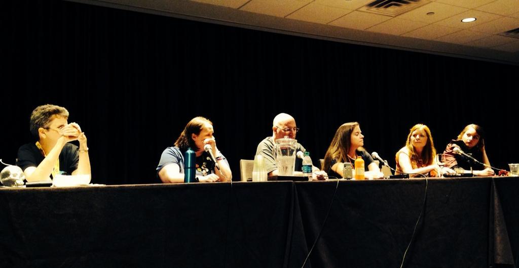 Dragon Con 2014 – Lost Girl Fan Panel