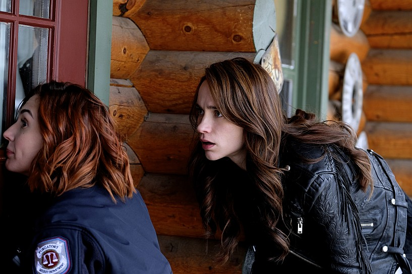 Tales of the Black Badge – A Wynonna Earp Fan Podcast #113 – I Fall To Pieces (3×07) Review