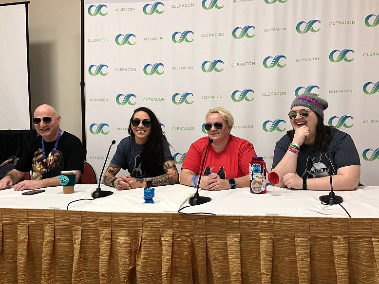 Tales of the Black Badge – A Wynonna Earp Fan Podcast #149 – ClexaCon 2019 Death By Avalance Panel